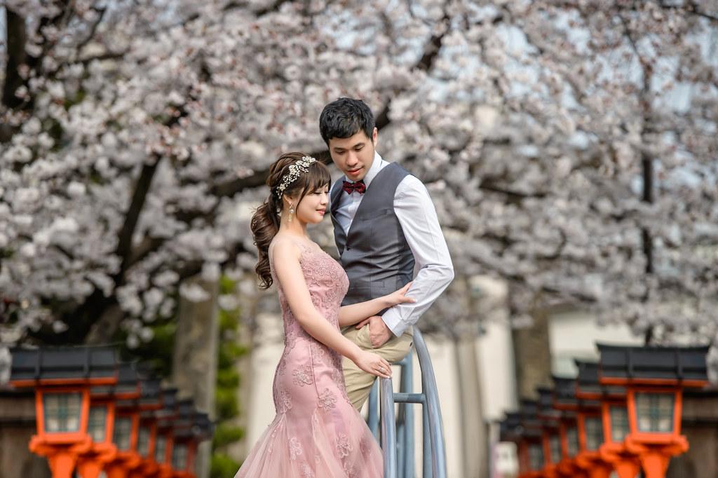 京都婚紗 六孫王神社櫻花婚紗拍攝 禮服: Toris Wedding