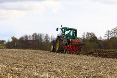 John Deere 6830 Premium & Opall-Agri (Winiarsky) Tags: john deere 6830 premium jd autumn plowing poland canon eos 70d