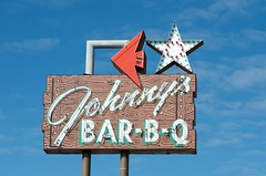 Johnny's Bar-B-Q (dangr.dave) Tags: architecture downtown ectorcounty historic odessa texas tx neon neonsign johnnysbarbq johnnys bbq barbecue arrow star