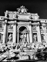 Fontana di Trevi, Rome, Italy. (Massimo Virgilio - Metapolitica) Tags: monochrome blackandwhite art architecture urban city italy rome fontanaditrevi