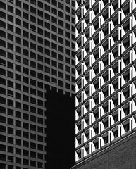 New York Architecture #443 (Ximo Michavila) Tags: newyork nyc ximomichavila usa building america lines geometric abstract city urban windows architecture archdailly archiref archidose pattern blackwhite grey bw monochromatic