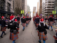 2017_SFUPB_SC_Parade_20171203-GM1-1080663 (SFU Pipe Band Organization) Tags: rmmpb rmmpipeband sfupb sfupipeband britishcolumbia canada christmas gvrd performance santaclausparade vancouver where