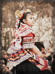 Noche de Altares 2017, Santa Ana 11.4.17 14 (Marcie Gonzalez) Tags: ca socal so cal orange county southern festival celebration festivals celebrations day dead dia de los muertos diadelosmuertos tradition traditional honor family friends noche altares nochedealtares night dance dancing festive fun annual event events mexico mexican altar costume costumes paint painted face skull skeleton 2017 dayofthedead dancer dancers north america cultural usa us marcie gonzalez marciegonzalez marciegonzalezphotography photography canon 2017nochedealtaressantaana nochedealtaressantaana altars calif california día