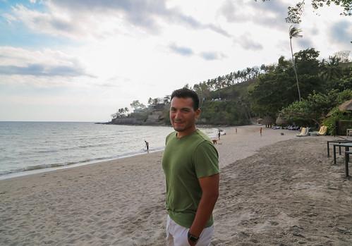 2017 INMA0339 Sam Duarte at beach at our hotel, Sheraton Senggigi Beach, on Lombok, Indonesia