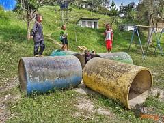 Kids on playing (Block.image) Tags: kids phoneimage phonegraphy samsungs7edge phonecamera cameronhighland playground