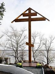 02_Установка поклонного креста на набережной