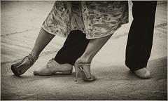 TANGUEANDO 3 (cuma 2013) Tags: santelmo tango danza canon30d 30d