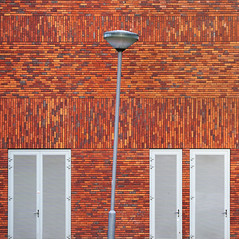 - Dissymmetry - (Jacqueline ter Haar) Tags: crooswijk rotterdam dissymmetry wall bricks school explore brickwork patterns
