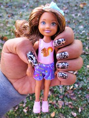 November nails 🍃 🍂 (flores272) Tags: chelseadoll barbiedoll barbie fall nails nailstamping nailart nailpolish doll dolls toy toys outdoors camping chelsea campingfunchelsea