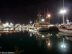 171208 Honolulu-16.jpg (Bruce Batten) Tags: night locations trips occasions subjects reflections vehicles boats businessresearchtrips usa hawaii honolulu unitedstates us