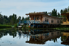 EmptyName 36 (LHansos) Tags: india kashmir srinagar sony alpha dal lake house boat