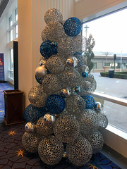 IMG_1413 (TruffShuff) Tags: 2016 gaylordhotel ice md maryland nationalharbor oxonhill december2016