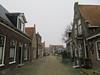 Nieuwe Weide, Hindeloopen (Stewie1980) Tags: hindeloopen friesland hylpen fryslân nederland netherlands nieuwe weide straat historic street houses mist fog