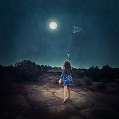 catch the moon webb (EmmaAndersson) Tags: potential dream dreamy blue fairytale fantasy imagination strength fine art