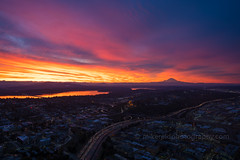 DSC02544 (www.mikereidphotography.com) Tags: sunrise seattle skyviewobservatory rainier 85mm 200mm 1635mm mirrorless sony canon