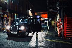 Night shadow (_Okobe_) Tags: london city street light car shadow night colors photo pic photography shot road girl man women woman silouette art artist