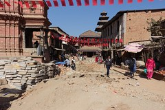Earthquake repairs (posterboy2007) Tags: bhaktapur nepal earthquake street rubble construction sony