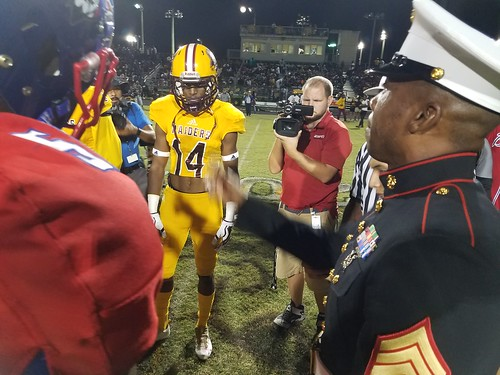 """Glades Central vs Pahokee 11/3/17 • <a style=""""font-size:0.8em;"""" href=""""http://www.flickr.com/photos/134567481@N04/37452920244/"""" target=""""_blank"""">View on Flickr</a>"""