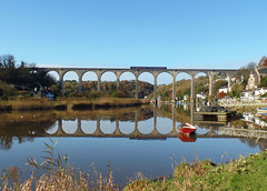 150128 Calstock Viaduct (Marky7890) Tags: gwr 150128 2p84 class150 sprinter calstock calstockviaduct cornwall railway viaduct train tamarvalleyline calm river water