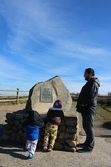 Checking out the monument (quinn.anya) Tags: sam paul toddler preschooler monument andy gayhead aquinnah marthasvineyard