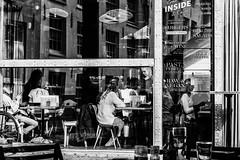 cheche-20170906305-Editar.jpg (_cheché_) Tags: paisesbaixos feiras17 bn amsterdam street