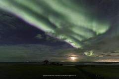 Purple fringe (Kjartan Guðmundur) Tags: iceland ísland auroraborealis northernlights norðurljós nightscape nocturne ngc canoneos5dmarkiv tokinaatx1628mmf28profx kjartanguðmundur arctic photoguide tourguide field house stars sky clouds