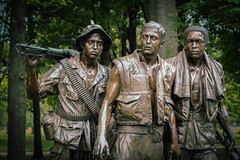 Vietnam Memorial (marvhimmel) Tags: soldiers vietnammemorial general washingtondc