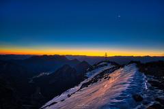Morgendämmerung am Sonnjoch (F!o) Tags: tirol österreich sonnjoch aurorahdr hdr sony alpha a7ii nikon20mm18 sonnjochgipfel gipfel karwendel summit sunrise schnee snow winter alpen alps mountains berge biwak photography landscape ngc
