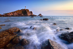 9CB_6031 (pattana92392) Tags: seawave sea longexposure sunset coast lighthouse water fineart stone