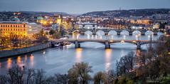 Mirador de los puentes (A.Coleto) Tags: praga republica checa rio moldava atardecer canon lucroit filtro nd azul naranja alvaro coleto prague