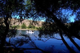 Río Limay con Pescadores.