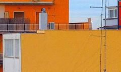paesaggio urbano / urban landscape (biotar58) Tags: bari puglia italia apulien italien apulia italy southernitaly southitaly industar61