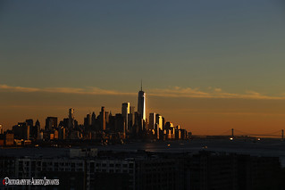 TODOS LOS DÍAS HAY UN ATARDECER. EVERY DAY THERE IS A SUNSET. NEW YORK CITY.