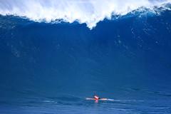 IMG_4248 copy (Aaron Lynton) Tags: peahi jaws challenge lyntonproductions maui hawaii surf surfing wsl canon 7d