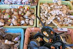 Complementos (Micheo) Tags: granada spain figuritaspartaelbelén tradiciones traditions figuritas miniaturas plazabibrambla market mercadillo navidad christmas belén