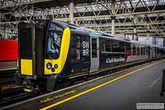 LondonWaterlooRailStation2017.10.31-8 (Robert Mann MA Photography) Tags: londonwaterloorailstation londonwaterloostation londonwaterloo waterloorailstation waterloostation waterloo lambeth londonboroughoflambeth london greaterlondon station trainstation trainstations railwaystation railstation railwaystations railstations railway railways architecture train trains city centre cities londoncitycentre 2017 tuesday autumn 31stoctober2017 networkrail networkrailwaterloo southwesttrains southwesternrailway class450 desiro class450desiro class444 class444desiro class707 desirocity class707desirocity class458 juniper class458juniper class455 class456 class159 southwesternturbo class159southwesternturbo
