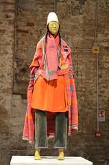 """Makiko"" by Francis Upritchard (2016) [Venice - 29 July 2017] (Doc. Ing.) Tags: 2017 venice veneto italy nordest 56thartbiennale 56thbiennale 56thvenicebiennale vivaarteviva arsenal ve pavilionoftraditions francisupritchard steel paint modellingmaterial fabric hair papiermaché statue sculpture installation"