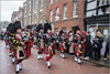 Pipers Piping (Mabacam) Tags: 2017 kent rochester dickens charlesdickens dickensianchristmasfestival celebration character pasttimes pipers bagpipes marching parade cityofrochesterpipeband tartan