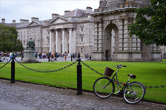 Trinity College (angelsgermain) Tags: university college buildings garden fence bike grass statue chapel campanile parliamentsquare people students tourists trinitycollege dublin baileáthacliath ireland éire