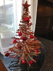 Buone feste ☃️☃️☃️ (CANETTA Brunello) Tags: decoro decorazioni bocce albero nobel buone feste natale