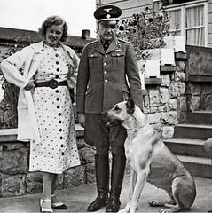 17k19 SS Col Karl Otto Koch, the commandant of Buchenwald, with his wife, Ilse CopyCorbys Uti 465 (jpquino) Tags: buchenwald campoconcentración nazi nazis