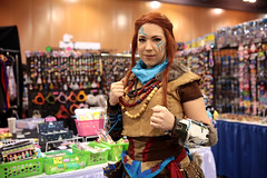 Aloy cosplayer (Gage Skidmore) Tags: cosplay cosplayer phoenix comicon fan fest 2017 convention center arizona fanfest aloy horizon zero dawn