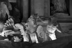 domptage (jacques sof) Tags: statue extérieur noiretblanc eau fontaine sculpture cheval homme chevalailé colonnes art athlète crinière animal outside blackandwhite water fountain horse man wingedhorse columns athlete mane