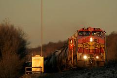 Last Light Warbonnets (Jeff Carlson_82) Tags: bnsf 670 688 ge c449w kckemp highline morris ks kansas lastlight goldenhour warbonnet atsf santafe kansascity train railroad railfan railway