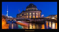 Bodemuseum (Rukiber) Tags: berlin deutschland hauptstadt architektur blaue stunde spree fluss bodemuseum dom christian kirsch rukiber stadt nikon d750 nachtaufnahme nachthimmel