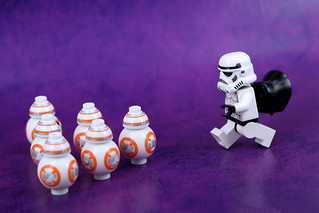 BB-8 Bowling