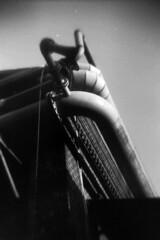 10_15 (maruebe) Tags: recesky ilfordfp4plus125kleinbildsw1251002selbstabgepackt ilfordfp4plus 17mfilm selbstabgepackt kleinbildfilm kleinbild schnellscan schnellscans gescannt scan scanner scanned rollei rolleidfs100se schwarzweis schwarzweiss sw blackandwhite bw monochrom monochrome analog analogue film analogerfilm analoguefilm abgelaufenerfilm abgelaufen expiredfilm expired lomo lomographie lomografie lomography lomographics hochformat f17m zeche verlassenezeche coalmine abandonedcoalmine verlassen abandoned urbex urbanexploration westfalen deutschland germany marionüberschaer marionueberschaer cmarionüberschaer cmarionueberschaer maruebe rohre tubes