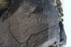 30101192 (wolfgangkaehler) Tags: 2017 asia asian centralasia mongolia mongolian southernmongolia gobi gobidesert desert blackmountains rock ancient petroglyphs petroglyph