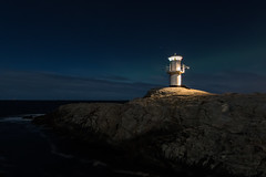 Skallens fyr (Per-Karlsson) Tags: skallensfyr lighthouse sweden swedishwestcoast night nightphoto nightscape auroraborealis northernlights seascape scandinavia marstrand marstrandsön