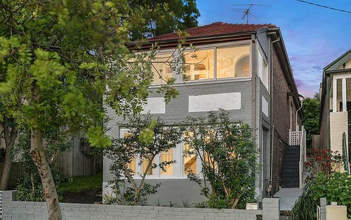 131 Warren Rd, Marrickville NSW 2204